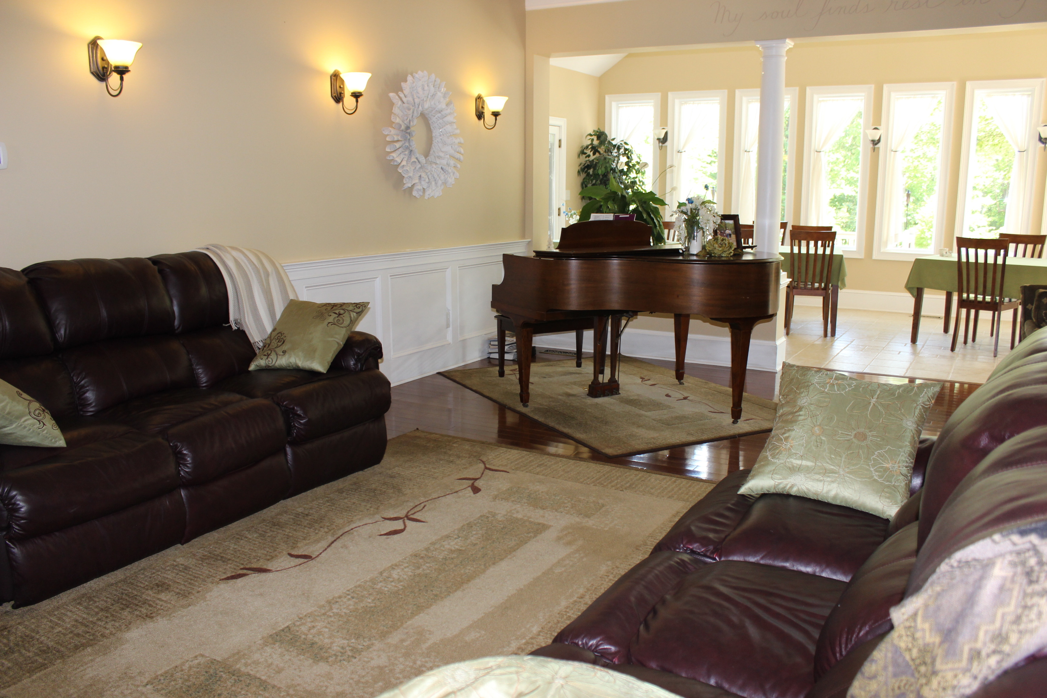 Whispering Willows Bed And Breakfast